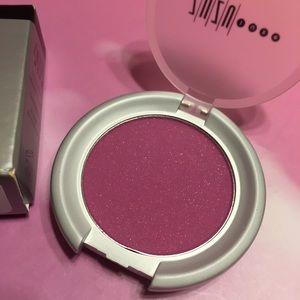 💋4/$26! Zuzu Luxe blush